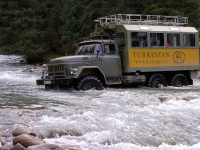 http://turkestan.biz/upload/files/Turkestan%20cars,%20Zil%20crossing%20Krakol%20river.jpg